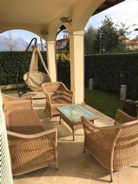 Villa in excellent condition Forte dei Marmi central area