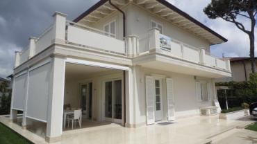 Beautiful newly built villa in Forte dei Marmi