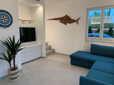 Two family house for sale in Forte dei Marmi