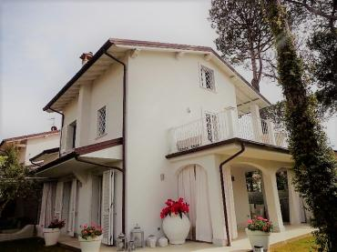 Beautiful and new villa for rent in Forte dei Marmi
