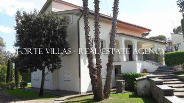 : Single villa For sale  Pisa