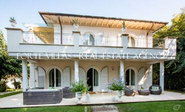 : Single villa For rent  Marina di Pietrasanta