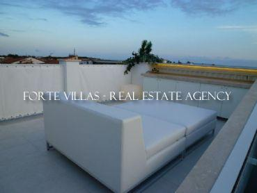 Penthouse for rent center of Forte dei Marmi