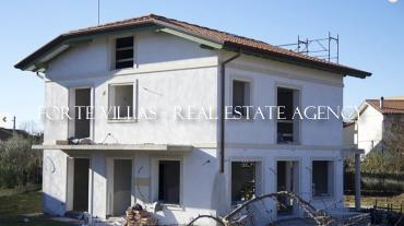 : Villa project For sale  Marina di Pietrasanta