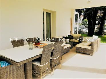 Beautiful villa in Forte dei Marmi with garden