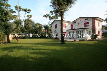 Beautiful villa in Roma Imperiale